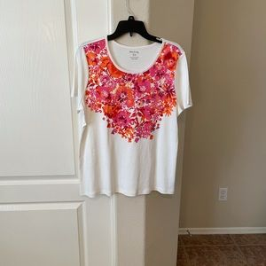 NWOT - White Stag floral top
